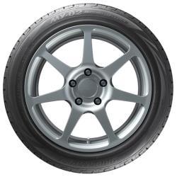 Автомобильная шина Bridgestone MY-02 Sporty Style 215 / 45 R17 91V летняя